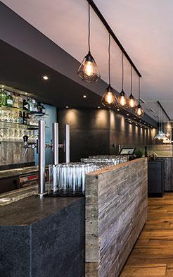 Herr-Klaus-Das-Restaurant-Bar