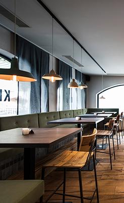 Unsere Inneneinrichtung vereint American Diner und Industrial Stil. Eine gelungene Kombination im Restaurant in Neustift am Dorfplatz.